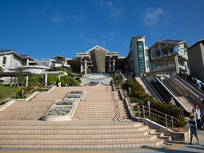 海洋博公园ー海豚秀剧场,海岸步道